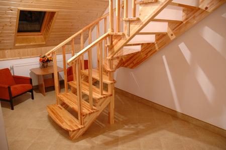 Zielony Domek - schody (kliknięcie spowoduje powiększenie obrazu)