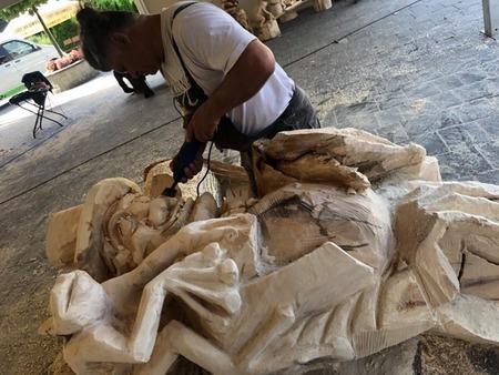 Plener rzeźbiarski Brenna - foto 5 (kliknięcie spowoduje powiększenie obrazu)