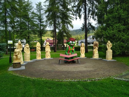 Wystawa poplenerowa w Parku Turystyki - foto 1 (kliknięcie spowoduje powiększenie obrazu)