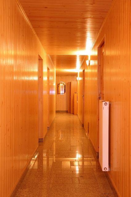 Pokoje Gościnne - korytarz (kliknięcie spowoduje powiększenie obrazu)