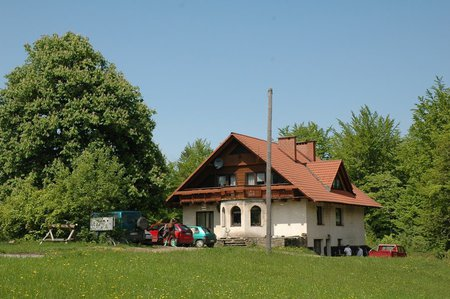 Agroturystyka U Gazdy - widok z zewnątrz (kliknięcie spowoduje powiększenie obrazu)