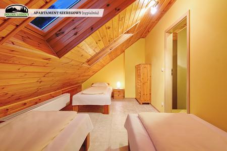 Apartament szeregowy z kominkiem - sypialnia (kliknięcie spowoduje powiększenie obrazu)