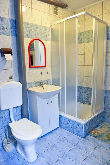 Pokoje gościnne Grzegorz - łazienka (kliknięcie spowoduje powiększenie obrazu)