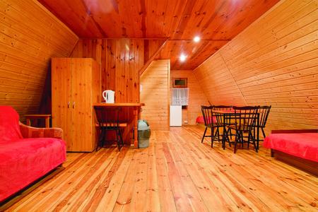 Wnętrze domku - Savana  (kliknięcie spowoduje powiększenie obrazu)