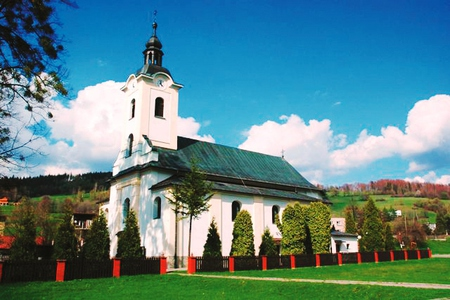 Kościół pw. św. Jana Chrzciciela w Brennej - budynek (kliknięcie spowoduje powiększenie obrazu)
