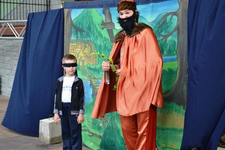 Plenerowy Teatr dla dzieci  - przedstawienie  (kliknięcie spowoduje powiększenie obrazu)