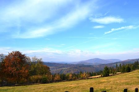 Bajkowy Szlak Utopca - panorama z Grabowej (kliknięcie spowoduje powiększenie obrazu)