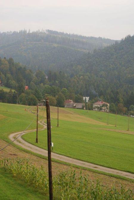 Agroturystyka U Madzi - widok na budynek (kliknięcie spowoduje powiększenie obrazu)
