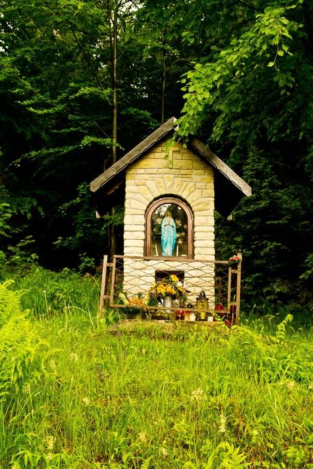 Kapliczka na Karkoszczonce koło Kotarza (kliknięcie spowoduje powiększenie obrazu)